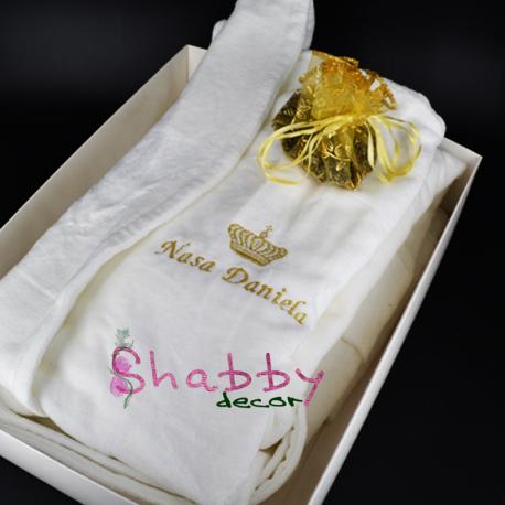 Cadou Personalizat Halat de Baie Nasa Brodat cu Coroana Regala