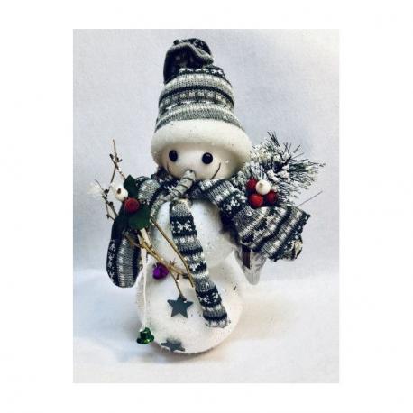 Om de Zapada Haios cu Fes si Fular alb-gri - Decoratiune de Craciun