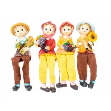 Set 4 Figurine Copilasi pentru Decor