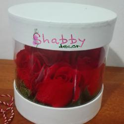 Cadou trandafiri rosii de sapun si licheni stabilizati
