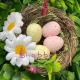 Cuib din nuiele cu oua decorative