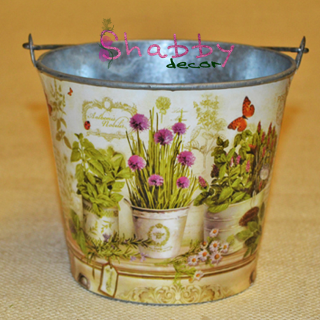 Galetusa cu flori
