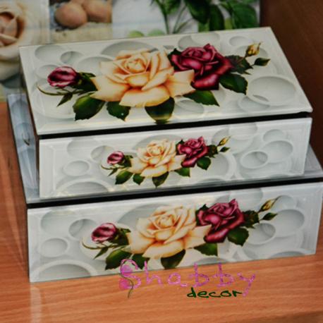 Set cutii model vintage trandafiri