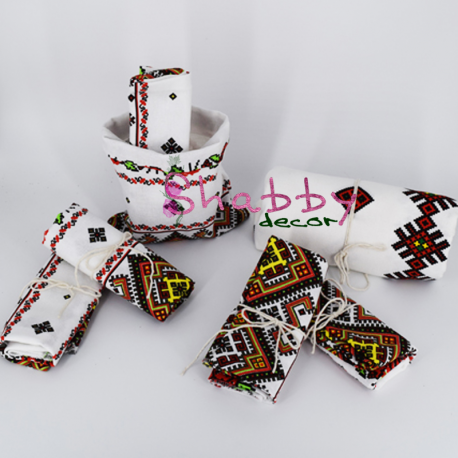 Cadou Traditional - Fata de masa si Servete